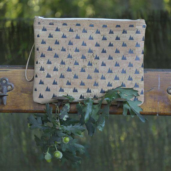 "Cork clutch / Vegan clutch ""Twin Peaks"" - Made of natural cork and organic cotton"