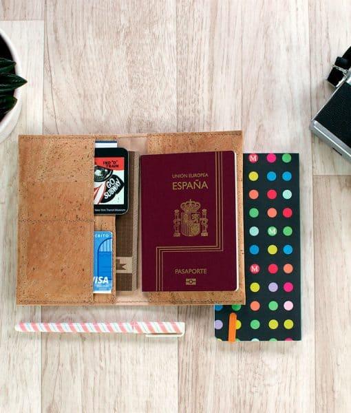 funda pasaporte corcho